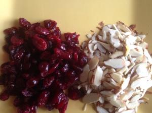 Almonds & Craisins