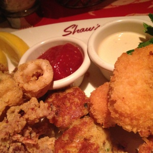 Hot Appetizer Combination with Mini Crab Cakes, Crispy Calamari, French Fried Shrimp