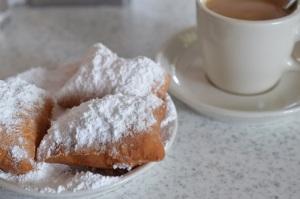 Beignets & Café Latte @ Café Du Monde